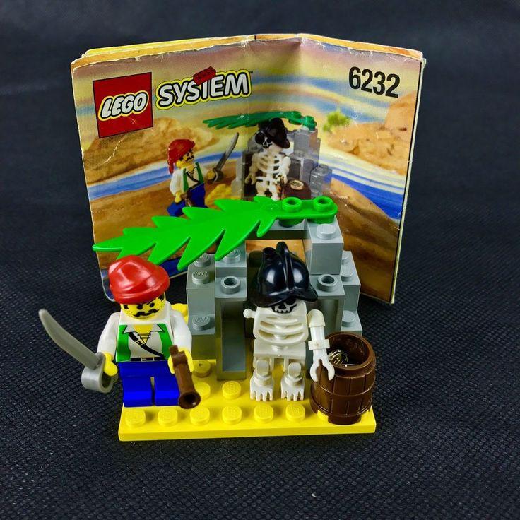 Lego System 6232 pirates skeleton crew building  Set Skeleton Is Missing An Arm