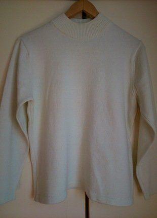 Kup mój przedmiot na #vintedpl http://www.vinted.pl/damska-odziez/swetry-z-golfem/17613423-bialyecru-krotki-sweterek-z-polgolfem