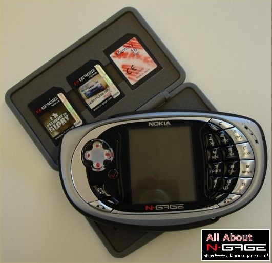 N-Gage Qd Silver Edition... Nokia'nın bana göre, ürettiği en iyi cep telefonu.