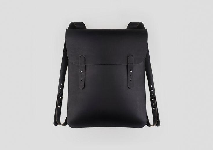 Чаще всего красивые и функциональные продукты рождаются просто из необходимости их существования. Так, сочетая минимализм и лаконичность в дизайне, специалисты будапештского бренда PURITAAN создали стильные сумки для любимых продуктов Apple.