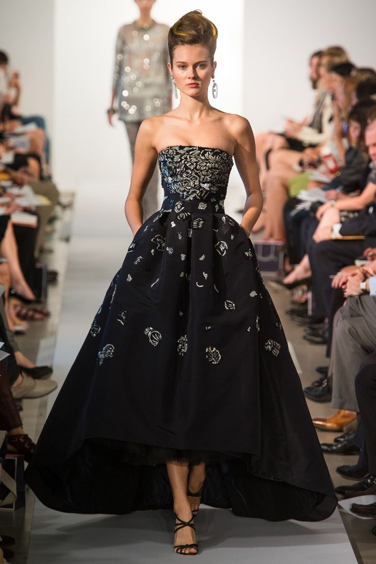 Oscar de la Renta. Spring 2013 Ready to Wear. A fairytale ballgown with beautiful silver embroidery. Adore that layered skirt.