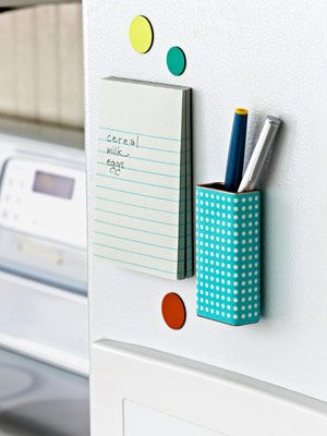 I was just thinking I needed a pen holder on the fridge...but I never thought of making my own, duh! :)