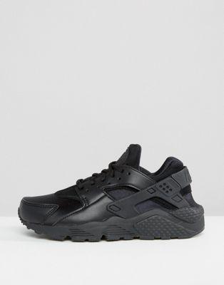 Nike Air Huarache Run Trainers In Black