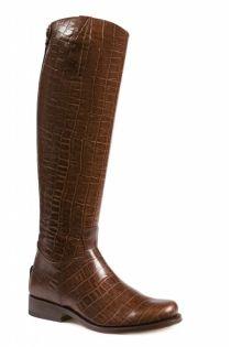 De Nevada Alta Brandy zijn schitterende cognac laarzen, elegant en stijlvol. Gemaakt van het beste kalfsleer uitgevoerd in een prachtige cognackleurige croco look. Hoge schacht en daarmee perfect voor de langere vrouw. De rits van de laars zit aan de achterzijde. #Bootsandwoods
