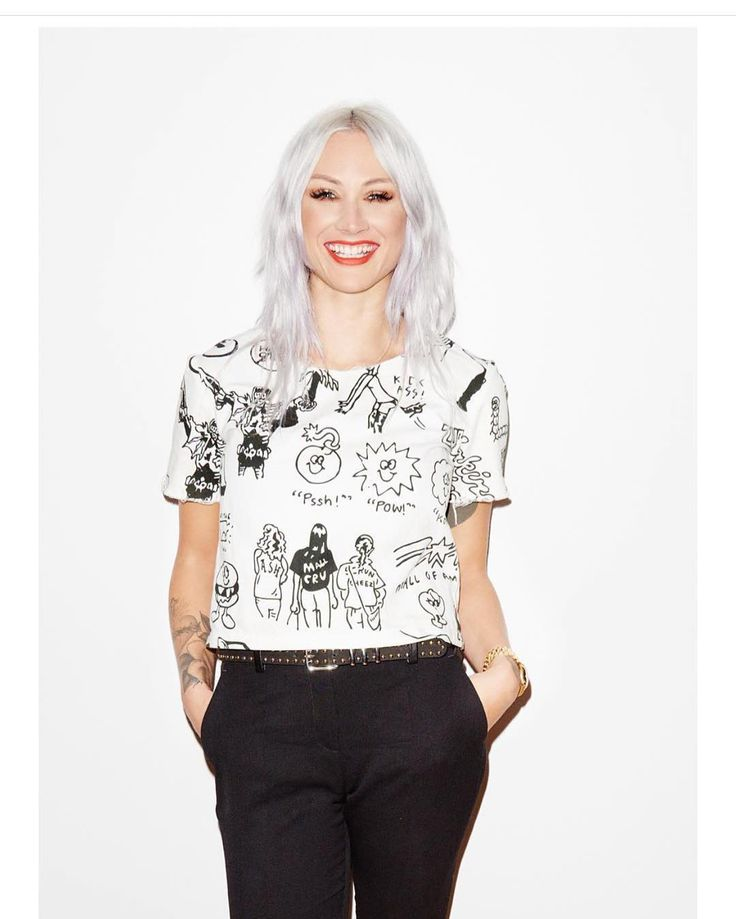 Lou Teasdale // Her makeup and hair is always fantastic. // Beauty
