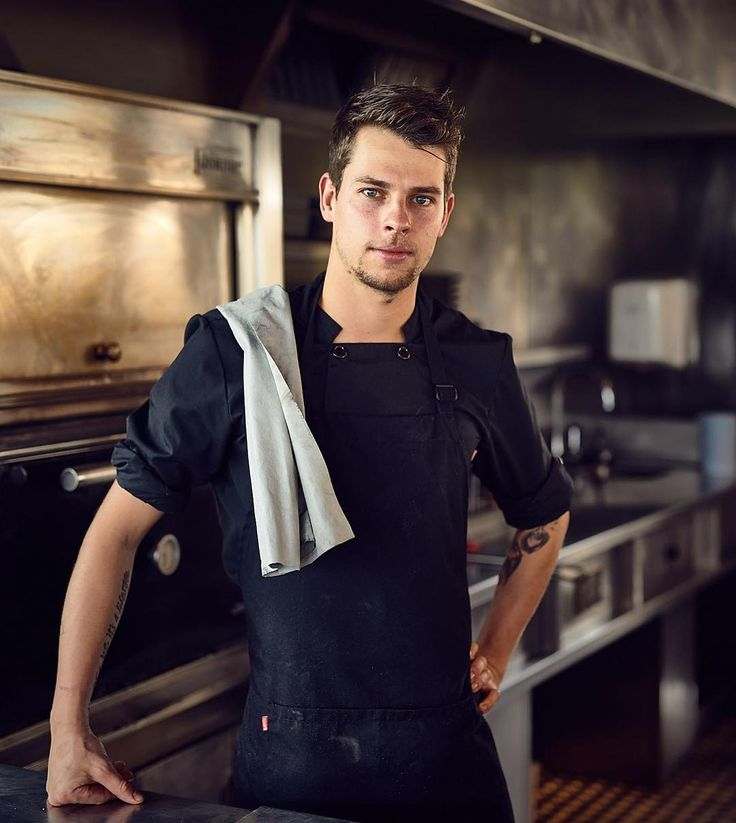This great guy is responsible for the fine food at Castell d'Emporda. Thanks Robin for your time and effort!! #castelldemporda @robinblaauw #youngchef #itsalifestyle