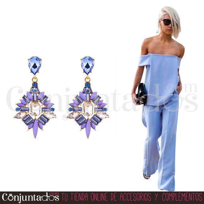Los #pendientes Jackie convertirán tu look en un outfit divino con el mínimo esfuerzo ★ 12,95 € en http://www.conjuntados.com/es/pendientes-jackie-en-azul-y-lila.html ★ #novedades #earrings #conjuntados #conjuntada #joyitas #lowcost #jewelry #bisutería #bijoux #accesorios #complementos #moda #fashion #fashionadicct #picoftheday #outfit #estilo #style #GustosParaTodas #ParaTodosLosGustos