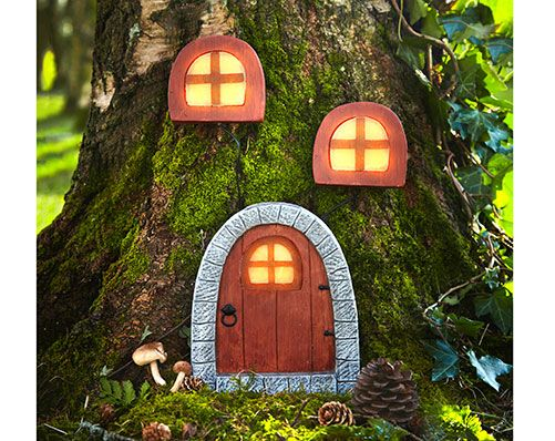 Solar Fairy House For more lovely ideas, come visit our Facebook Group https://www.facebook.com/groups/supersupermarket/