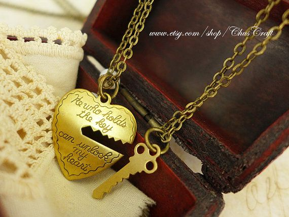 Key to My Heart Necklace Matching Couple Necklace His and Her Cute Couple Necklace puzzle piece Couple Necklaces Love Necklace Lock and Key    ♥´)
