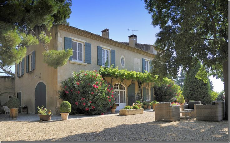 25 best ideas about french houses on pinterest french for French provence style homes