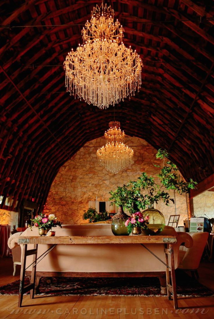 A Barn With Crystal Chandeliers Velvet Couches And Field Stone Accent Walls So Perfect For Group Gathering Of Any Kind Right Outside Austin