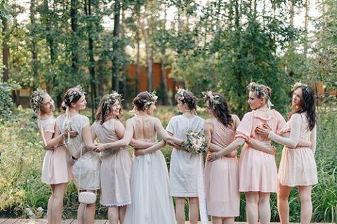 Любимые наши невесты, коллеги, друзья! С праздником вас! Любите, творите, вдохновляйте и будьте всегда счастливы!  photo by @yaroslavandjenny, flowers by @rungeanna #julyevent #julyeventru