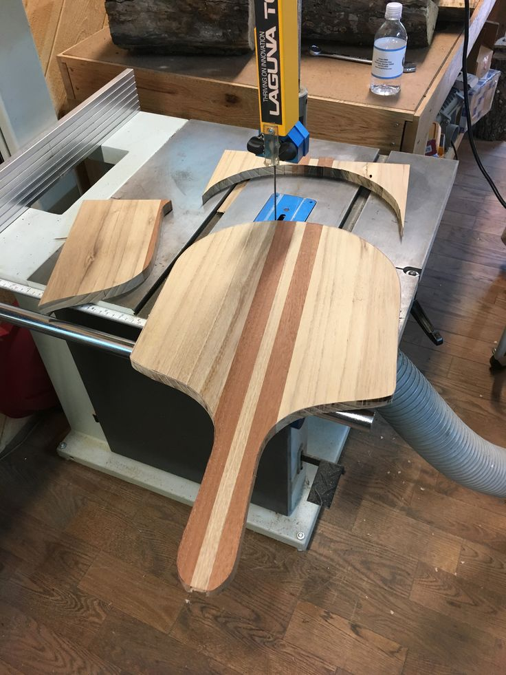 Pizza board created by Scott M. for his sister on his Laguna Bandsaw!  #bandsaw #woodworking #pizzaboard #pizza #lagunatools #lagunabandsaw