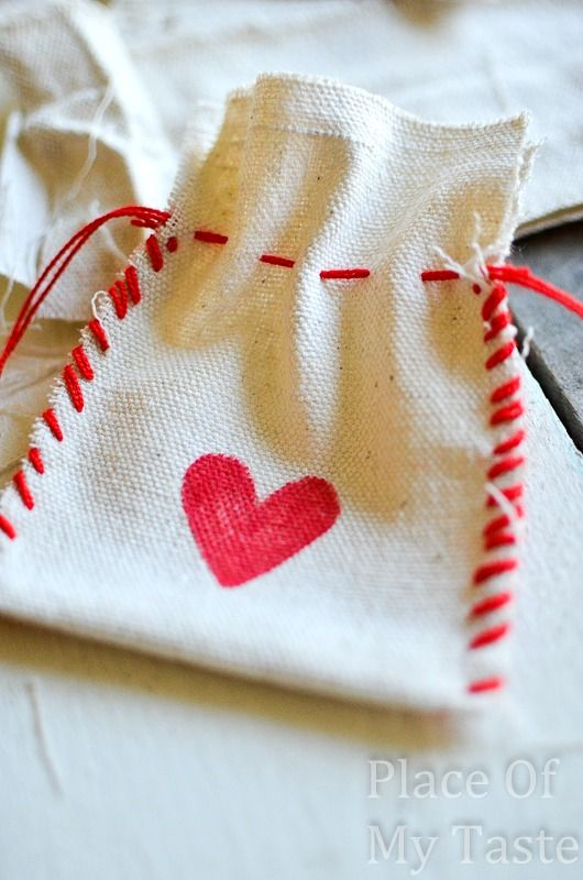Stitched Valentine's Treat Bags (13)