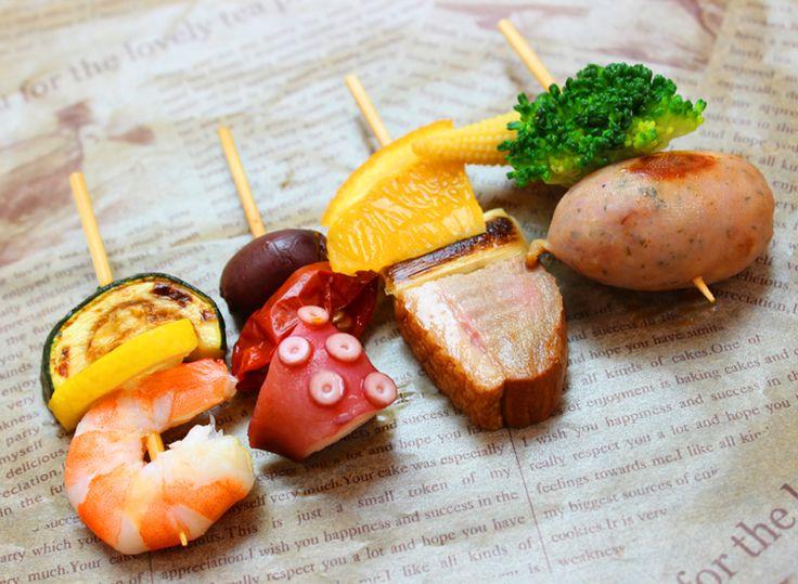 4種のピンチョス   Ricca Catering & Deli