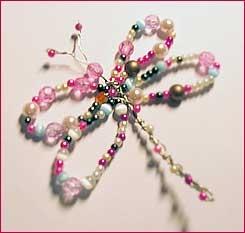 Trollslända av pärlor