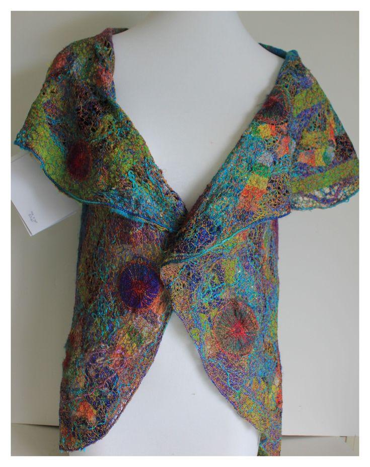 Michelle Mischkulnig (Chelle Textiles) uploaded in Текстиль, пэчворк, вышивка - одежда, мода, стиль: http://www.chelletextiles.com.au/index.html