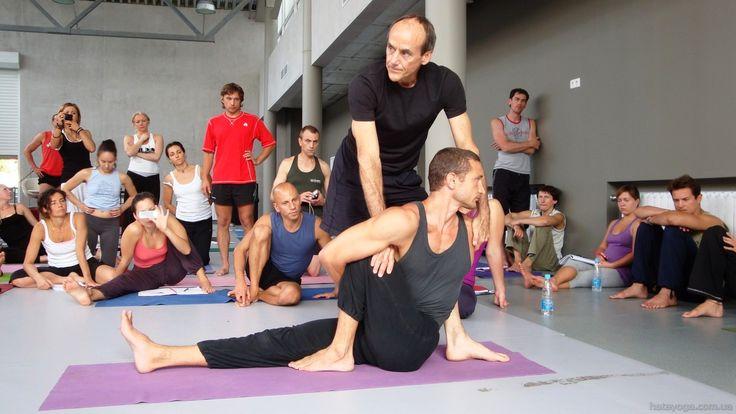 Проект ХАТА ЙОГА (Украина, Ukraine, Україна, Харьков) - http://moji.com.ua/item/proekt-hata-yoga Занятия в ХАТАЙОГЕ построены так, чтобы максимально реализовать эти возможности. Групповые тренировки по Хатха йоге имеют 3 уровня сложности. Продолжительность тренировок – 1.5 часа. Хатх�