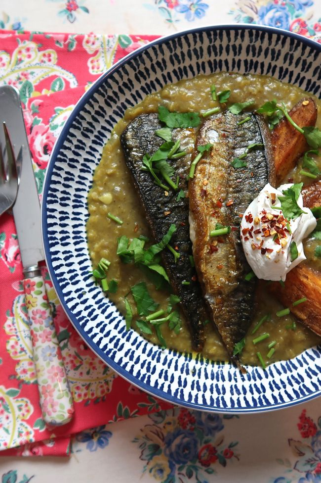 Mackerel with coconut dhal and sweet potato wedges