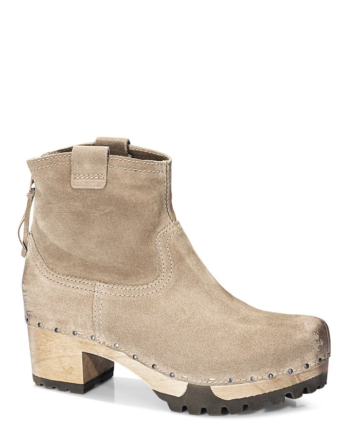 INKEN Bailey tan #munich #muc #softclox #soft #clogs #INKENBailey #tan #autumn #fall #shoes #fallshoes #fallfavorites #woddensole