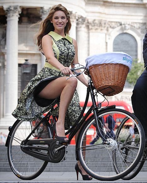 728 Best Girl On Bike Devushka Na Velosipede Images On Pinterest