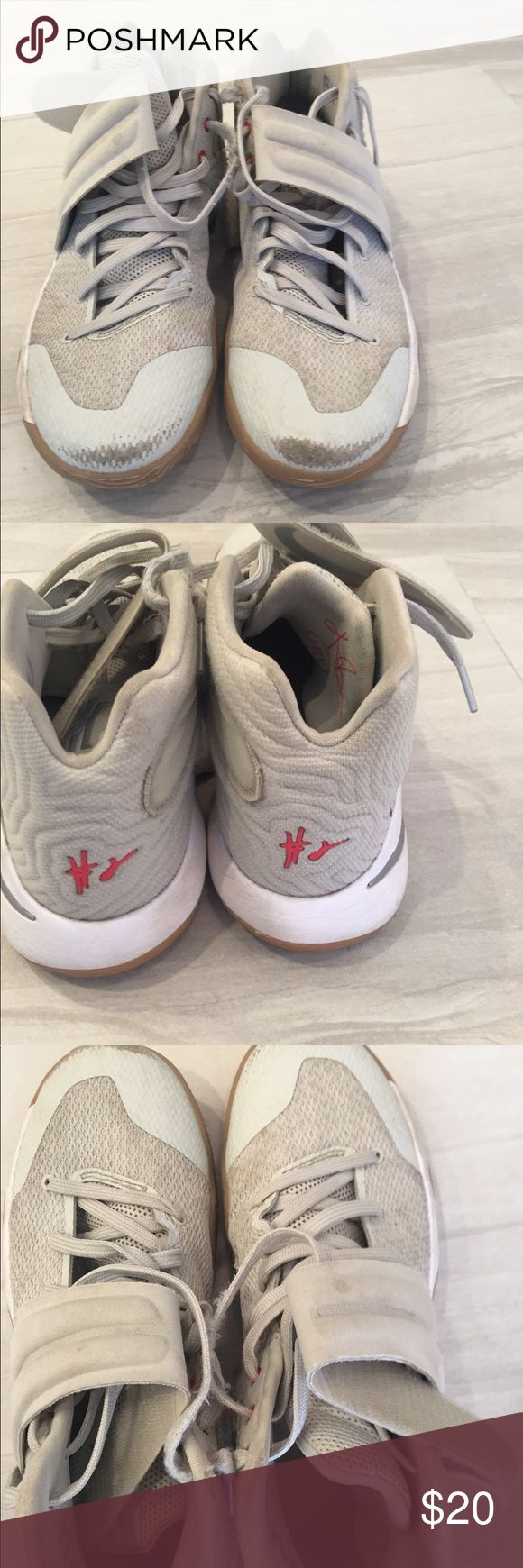 KYRIE IRVING MENS BASKETBALL SNEAKERS 9 Size 9.  Definitely worn but still in good condition. Smoke free Nike Shoes Sneakers