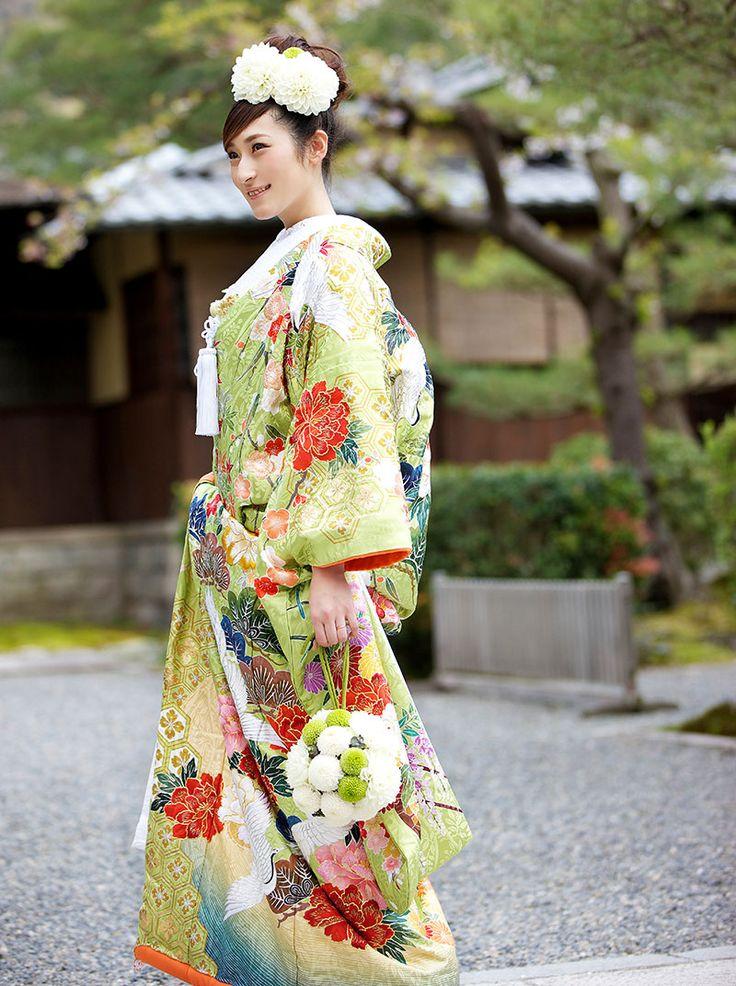 和服: 色打掛 | OVERSEAS WEDDING in JAPAN