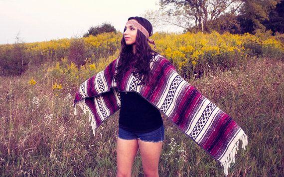 Mexican Blanket Poncho Vintage    www.sopasse.etsy.com