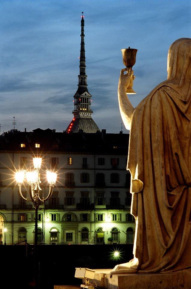 #Torino esoterica magica gran madre statua della fede mole
