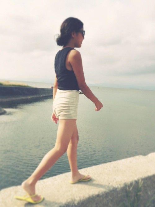 家族旅行のstyle♡ #sea クロップドトップスとハイウエストショートパンツのお気に入りstyl