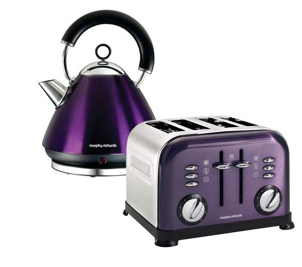 43769 Pyramid Accents Cordless Kettle - Plum + Accents 44737 4-Slice ...