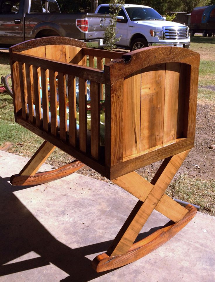DIY bassinet with pallets and old barn wood