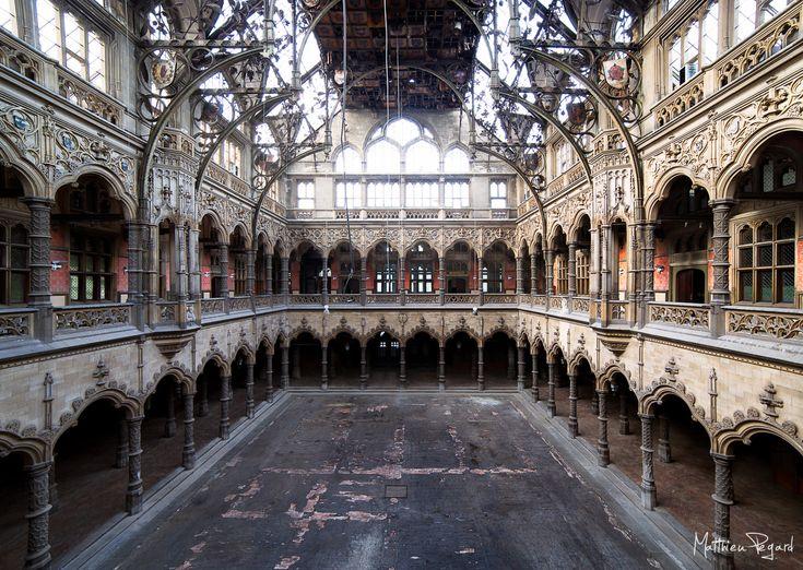 Les 114 meilleures images du tableau lieux oubli s sur - Chambre de commerce 92 ...
