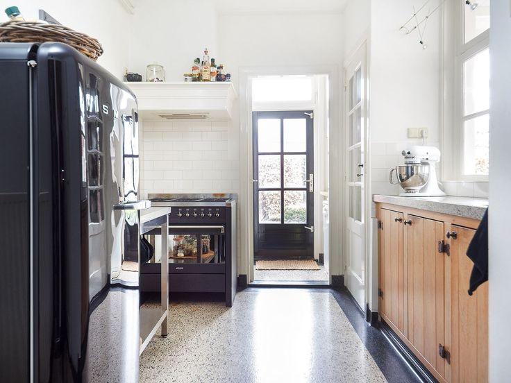 Jaren 30 Stijl Keuken : Jaren '30 Keuken op Pinterest – Keukens, Jaren 40 Keuken en Klassieke