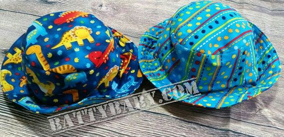 Size small - Reversible bucket hat - blue dinosaur print, 2 hats in 1, 100% cotton, very comfortable and cool for your modern kid