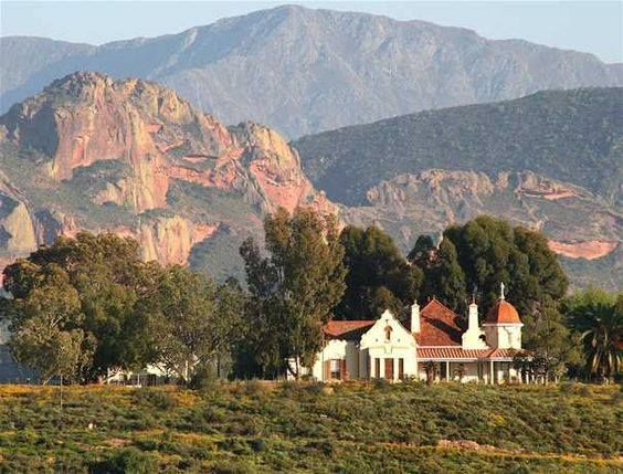 Rietfontein Ostrich palace, is an ostrich farm and guest house