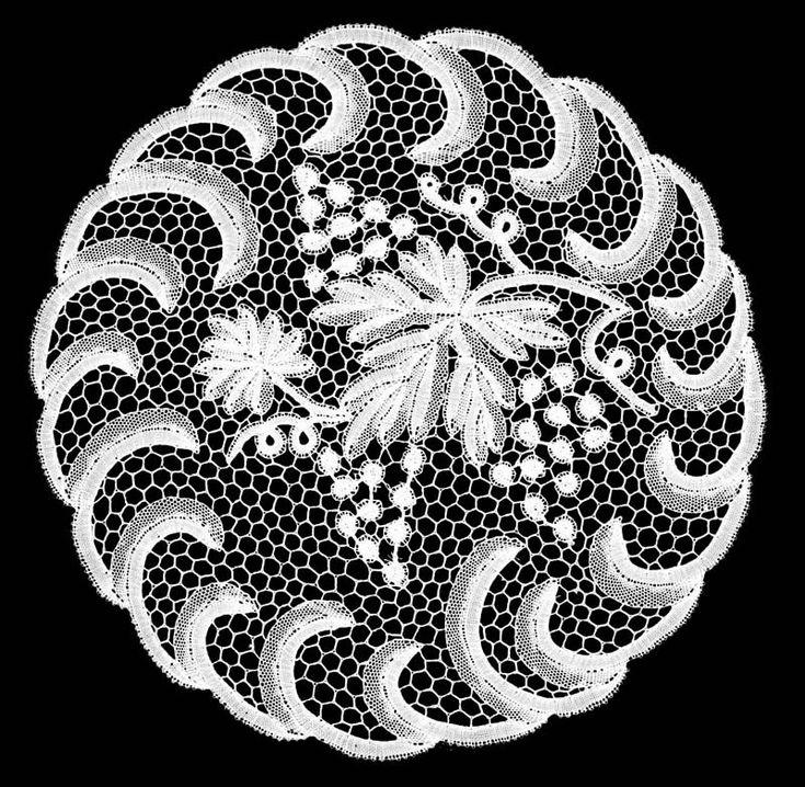 Croatian lace fom Lepoglava