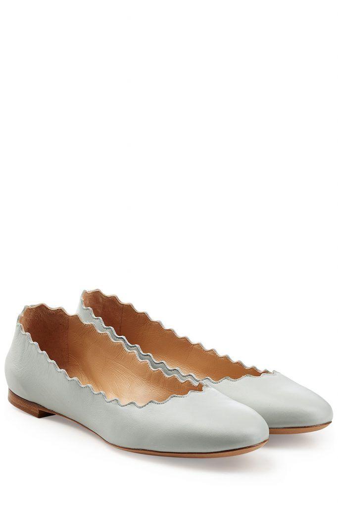 #Chloé #Lederballerinas #> #Blau für #Damen - Schlicht und einfach perfekt  >  das sind die zephyurblaün Lederballerinas mit dem typisch gewellten Saum von Chloé  >  Zephyrblaüs Leder, gewellter Saum, runde Zehenkappe  >  Innen >  und Laufsohle aus Leder, Blockabsatz  >  Stylen wir zu einem Print > Rock und einem Rollkragenpullover
