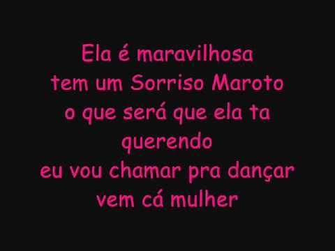 SORRISO MAROTO 2012 - ASSIM VOCÊ MATA O PAPAI ((COM LETRA)) - YouTube