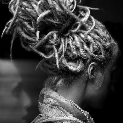 Awesome dread bun! Find the supplies and tutorials you need for your own dreadlocks at www.doctoredlocks.com!