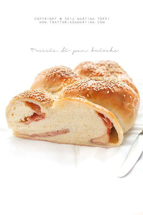 Pan brioche salato con prosciutto ed Emmenthal - Trattoria da Martina