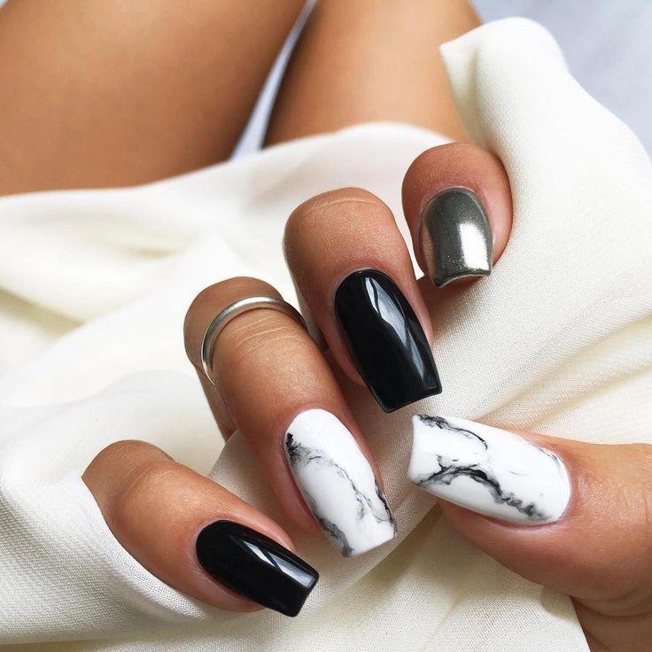 Nägel in weißem Marmor, Schwarz und Silber. Schöne Nägel @ mhenina6 #beautifulac … – Nail…