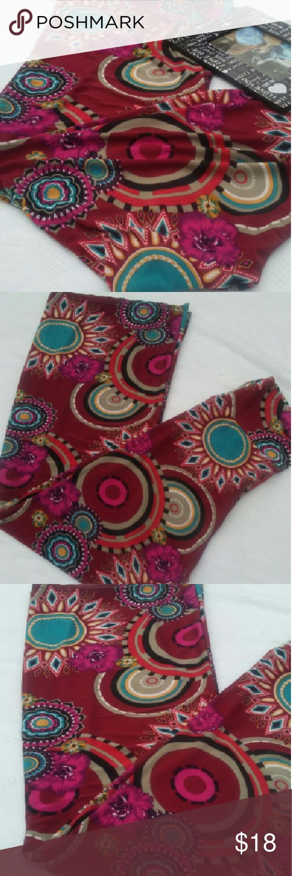 """NEW LISTING🍄RETRO CITY🍄🍄 One of my favorites!! Retro Style!! This pants have lots of character and takes a special kind of someone to wear them! Legs measure 42"""" in length and the bottom of the legs spread up to 12""""!! If I don't sell them.. Well I might just keep them!!!🍄 Palazzo Pants Pants Wide Leg"""