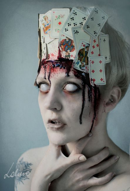 insane creepy card makeup...... I really like this for Halloween:)