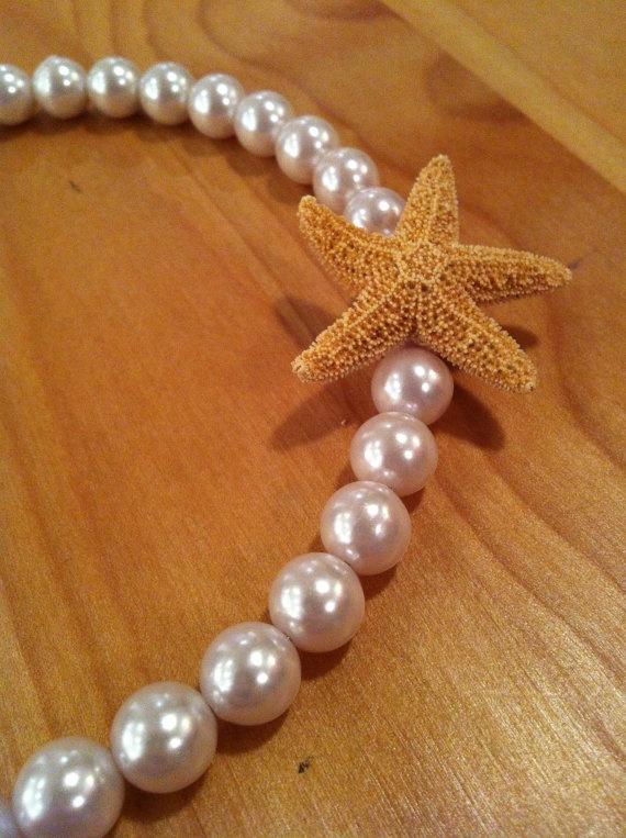 Mermaid starfish bracelet par MadeWithLovebyGen sur Etsy, $15,00