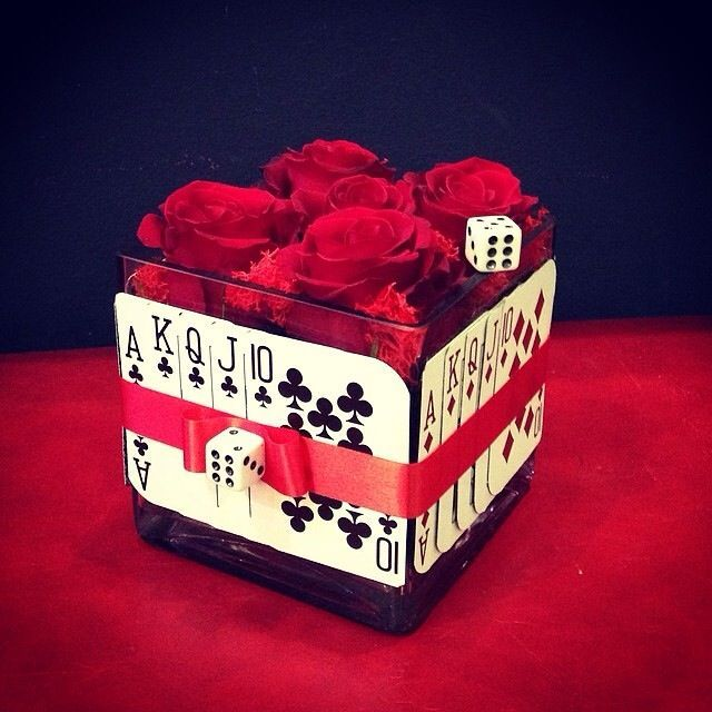 CASINO THEMED CENTER PIECES PINTEREST | Casino theme centerpiece