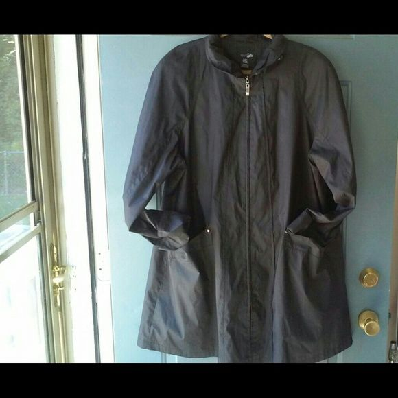 PRICE CUT! Water Resistant Zip Full Length Coat FINAL PRICE CUT! Classic and chic, superb quality and in excellent condition, this amazing coat is water resistant, zips all the way down, size XL, fully lined, fantastic coat for any weather! East 5th Jackets & Coats