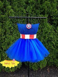 http://www.thescrapshoppeblog.com/2012/10/captain-america-thor-costumes.html http://thecraftymummy.com/2012/07/kids-craft-paper-superheroes/