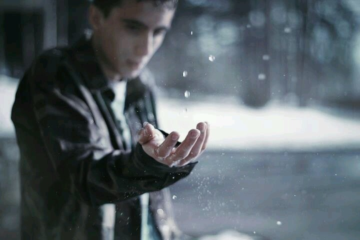 And I waited,waited for the storm to pass..to catch them teardrops and crush them into my hands.