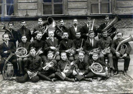 Orkestr Leningradskoi obshchiny Evangel'skikh Khristian, 1928 g. :: Pentecostal and Charismatic Research Archive